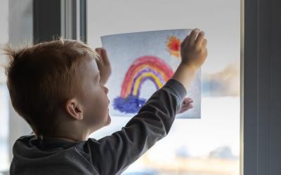 Enfants à besoins spéciaux et avec des troubles psychiatriques en confinement