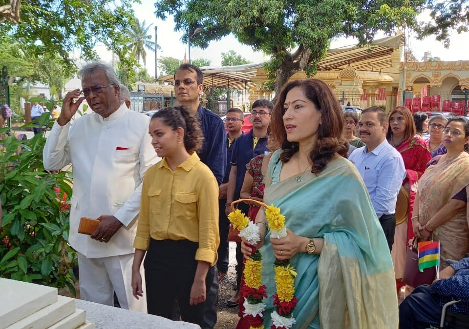 73rd martyrdom anniversary of Gandhi celebrated in the presence Her Excellency, Mrs Nandini Singla